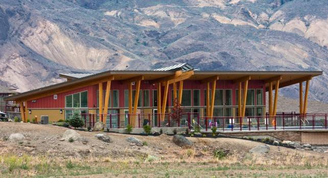 Glulam at Tobiano Lake Club