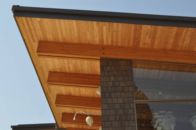 CrossLam CLT and Glulam Beams in Invermere residence