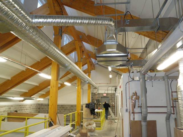Glulam Beams in the Gitwinksihlkw Water Treatment Facility